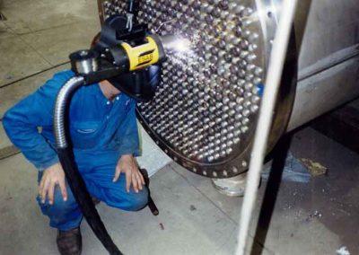 MCM-manufacturing-pressurewelding3